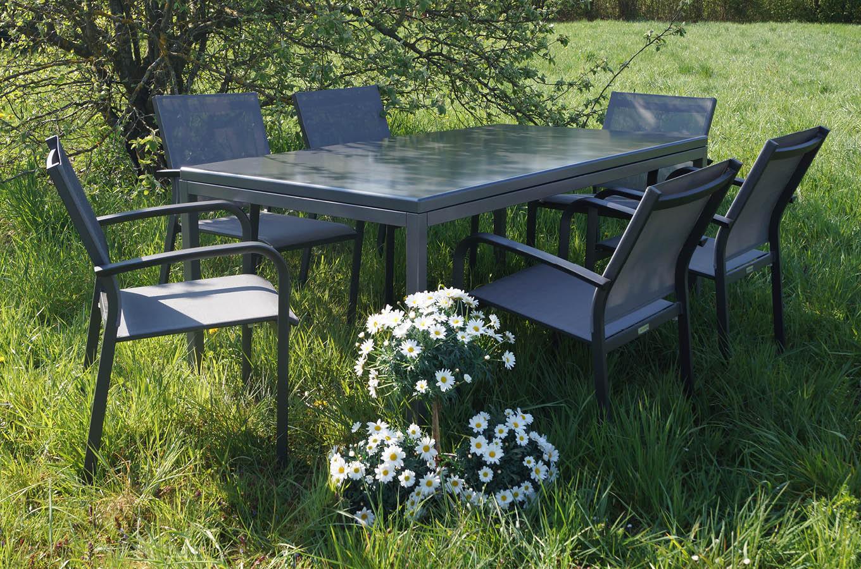 Set New York Tisch und 6 Malaga Stapelsessel